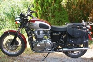 Triumph Bonneville rental